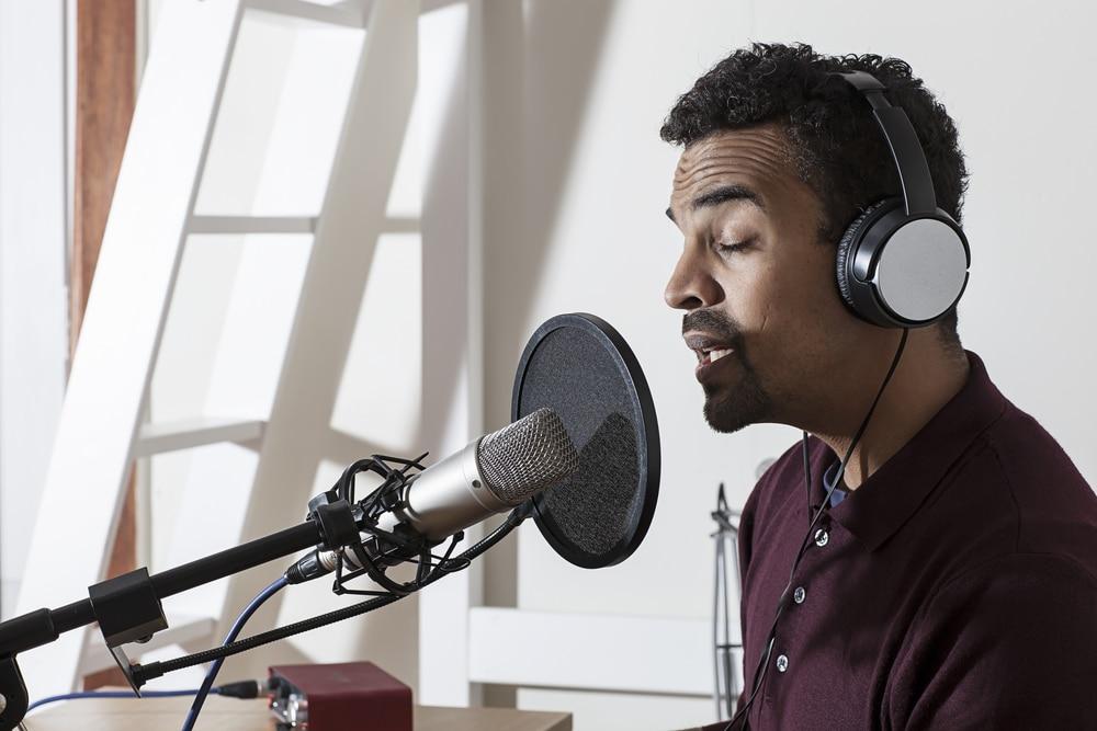 Dubbing-Voiceover studio52