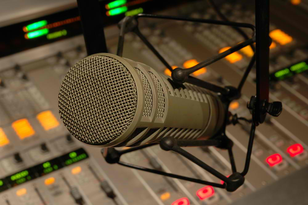 radio-commercials studio52